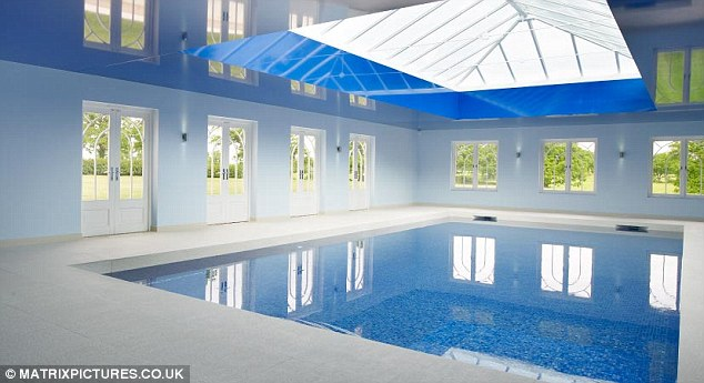 Tulisa s new mansion essential news marbella for Pool room design uk